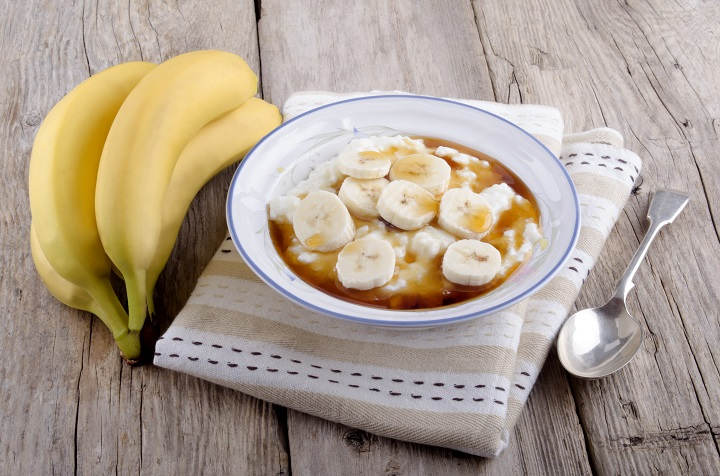 rice pudding with banana slices